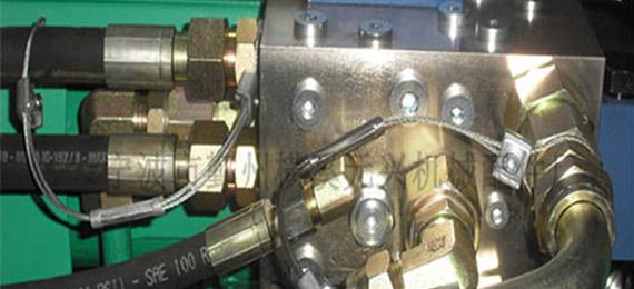 液压油管保护链安装的注意事项